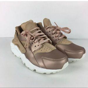 Nike Air Huarache Women's Shoe Size 6.5